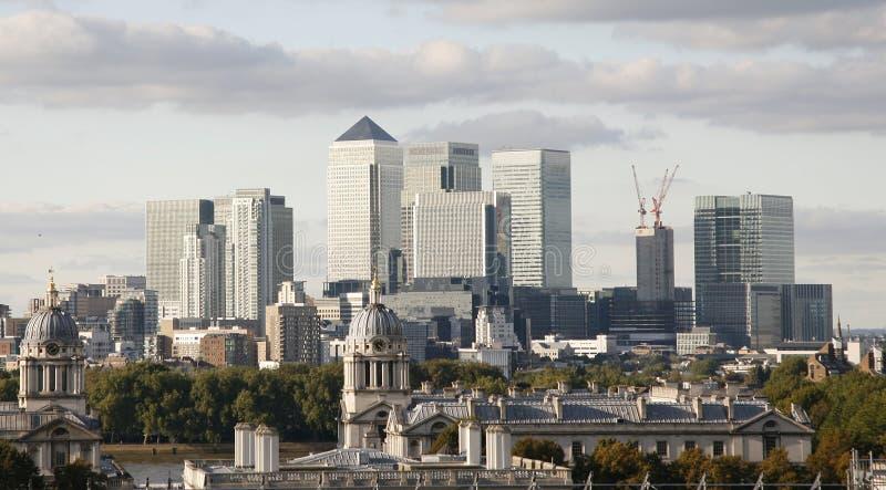 伦敦地平线,黄雀色码头 免版税库存图片