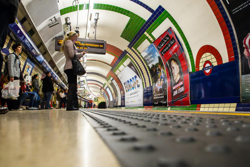 伦敦地铁地铁 免版税库存图片