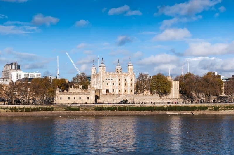 伦敦塔一所安全堡垒、王宫和臭名昭著的监狱 库存图片