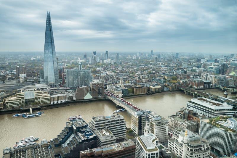 伦敦市地平线大角度看法  库存照片