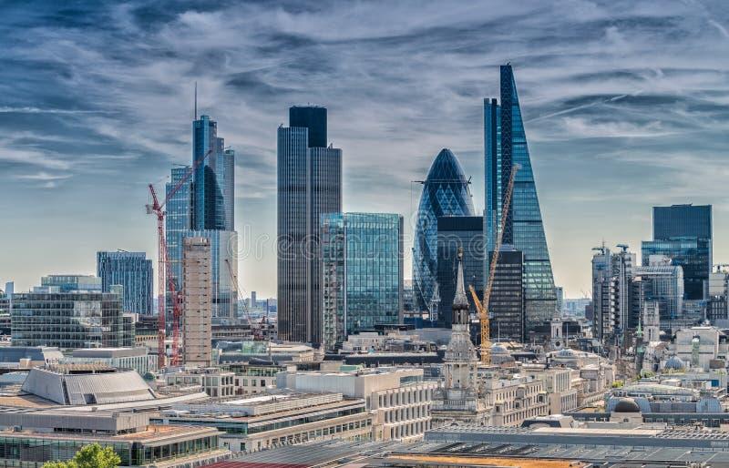 伦敦市 商业区现代地平线  免版税库存图片