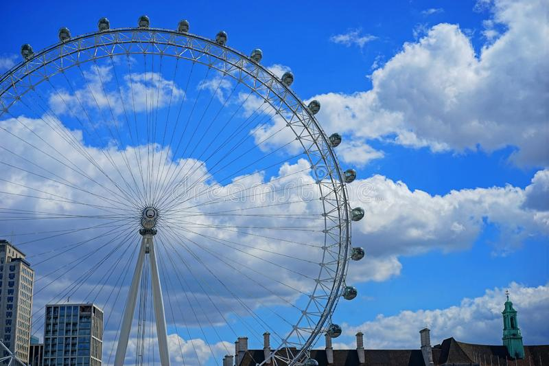 伦敦眼睛轮渡转动 库存图片
