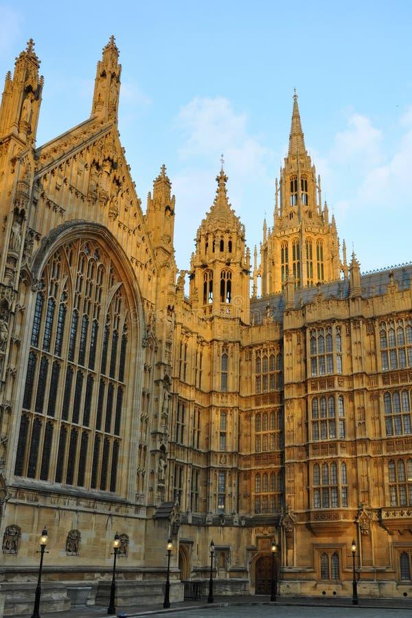 伦敦议会有峰的塔威斯敏斯特