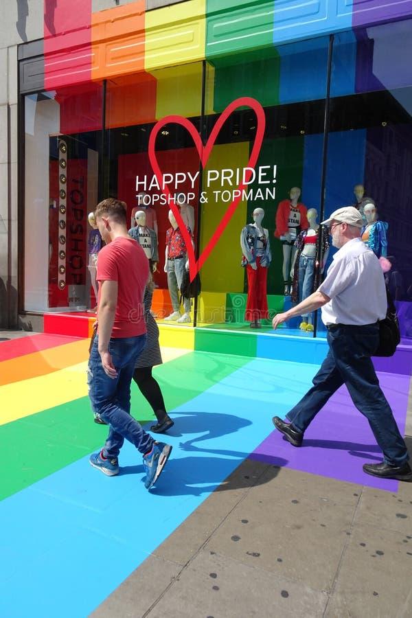 伦敦,英国,2015年7月7日伦敦自豪感商店前面 免版税库存照片