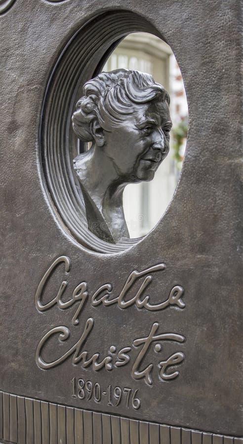伦敦,英国,2019年7月17日,阿加莎・克里斯蒂雕象在苏豪区伦敦 免版税图库摄影
