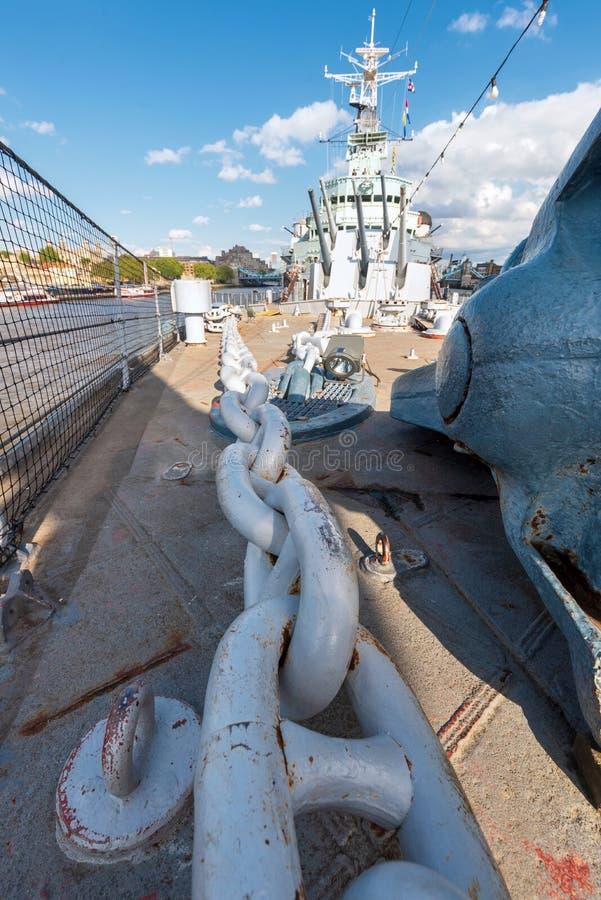 伦敦,英国- 2019年5月13日:帝国战争博物馆贝尔法斯特号馆英国皇家海军光巡航-军舰博物馆看法在伦敦 ?? 图库摄影