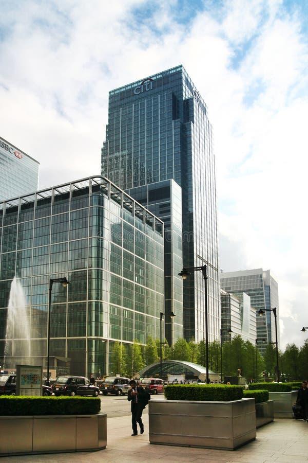 伦敦,英国- 2014年5月14日:金丝雀码头唱腔办公楼现代建筑学全球性财务的领导中心 库存图片
