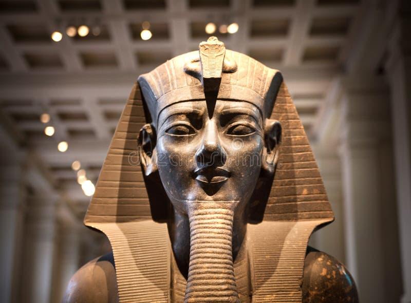 伦敦 大英博物馆埃及雕塑大厅,法老王Rameses 免版税库存照片