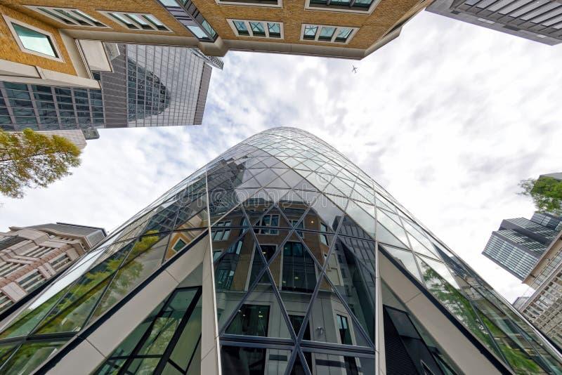 伦敦- 2016年9月25日:伦敦市skyscrap向上看法  免版税库存照片