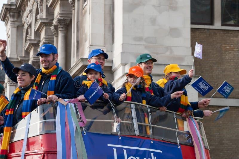 伦敦- 11月12 :在市长的Show阁下的游行在伦敦 免版税库存图片