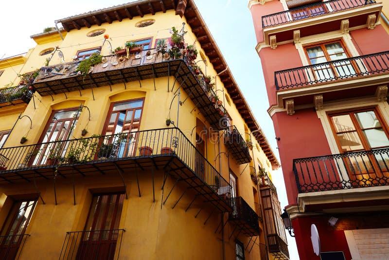 巴伦西亚西班牙语人聚居的区域del卡门街道门面西班牙 库存照片