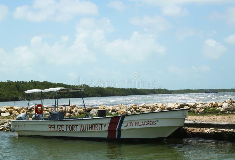 伯利兹港务局小船在伯利兹市 库存图片