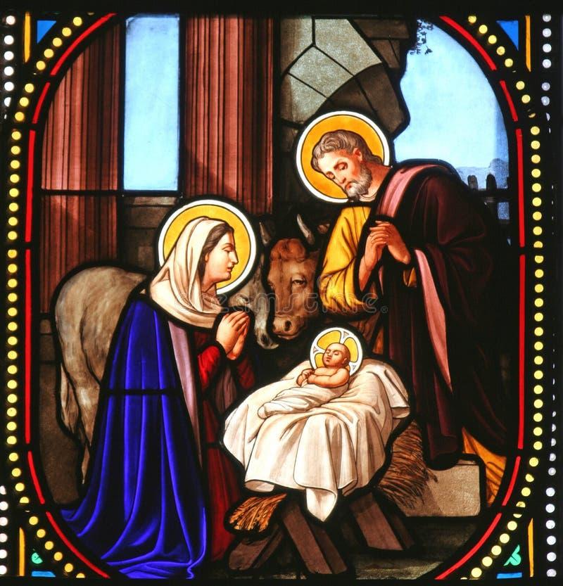 伯利恒凯瑟琳教会玻璃诞生场面st弄脏了 免版税库存照片