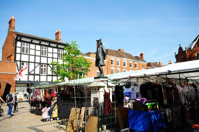 伯斯威尔雕象在市场,利奇菲尔德,英国 库存图片