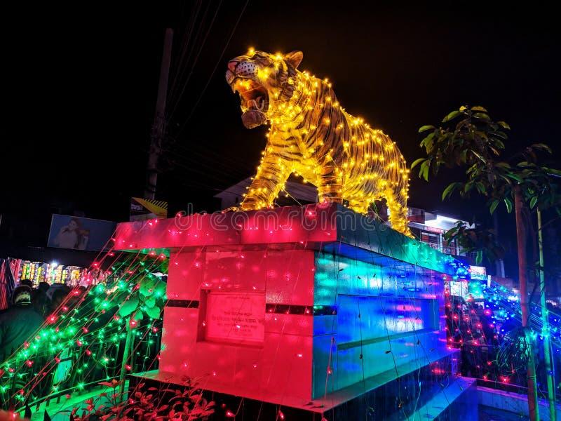 位于孟加拉国拉尔巴格莫尔朗布尔的老虎雕像 免版税库存照片