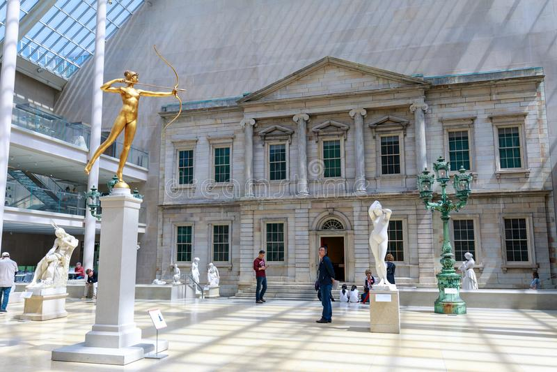 位于纽约的大都会艺术博物馆,是最大的美术馆在美国和那个十中最大 库存照片