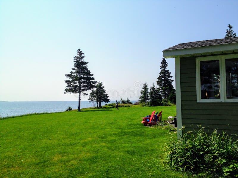 位于Charlos小海湾安静和偏僻的区域的大美好的遥远的物产在新斯科舍东北部,加拿大 库存图片