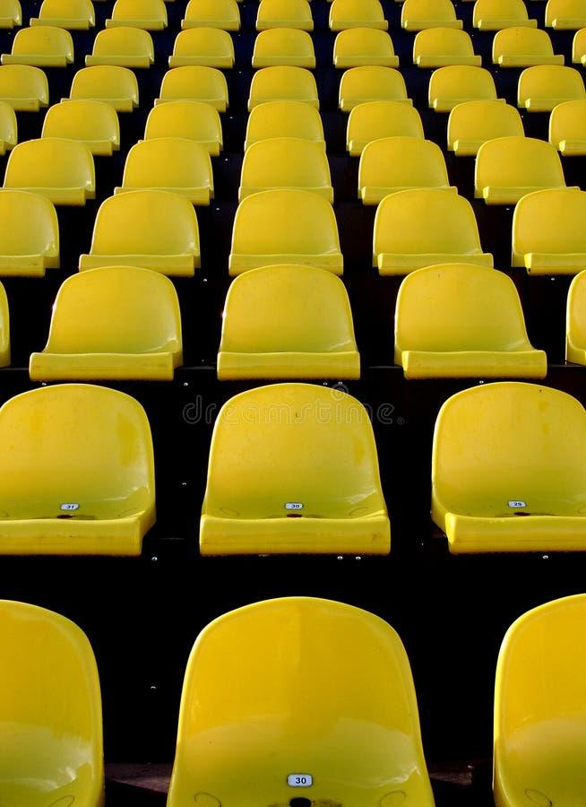 Download 位子 库存图片. 图片 包括有 重复, 晴朗, 纹理, 立场, 安排, 观众, 凳子, 运动员, 足球, 位子 - 300693