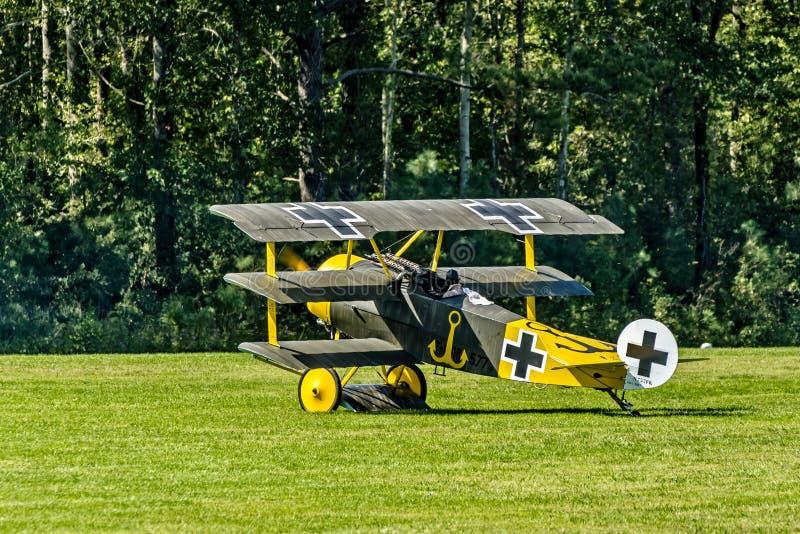 1位airshow博士dreidecker fokker布拉格 收税为起飞的我 免版税库存照片