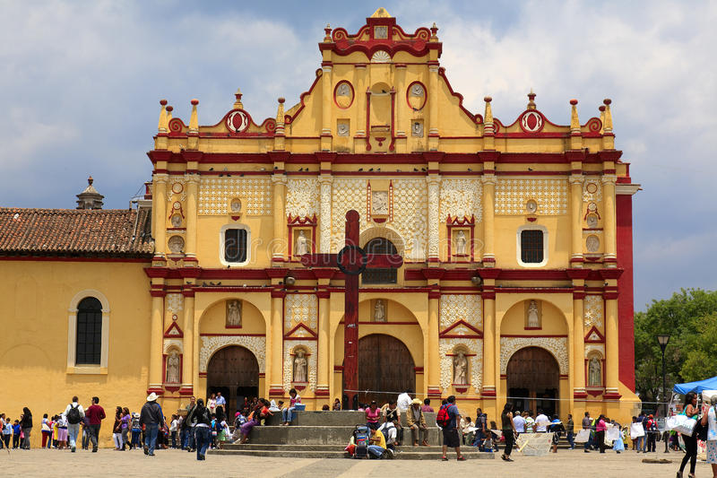 住处大教堂cristobal de las圣 图库摄影