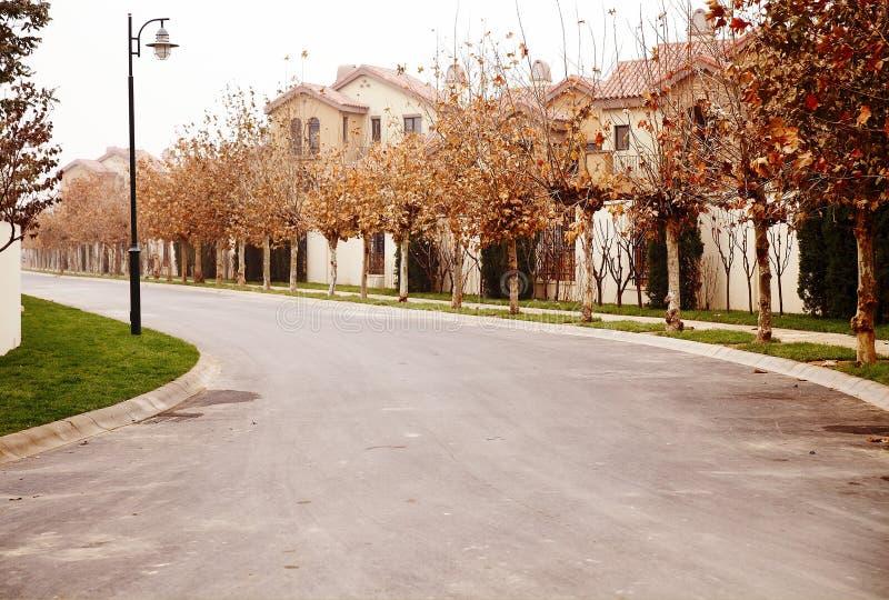 住宅区的秋天 库存图片