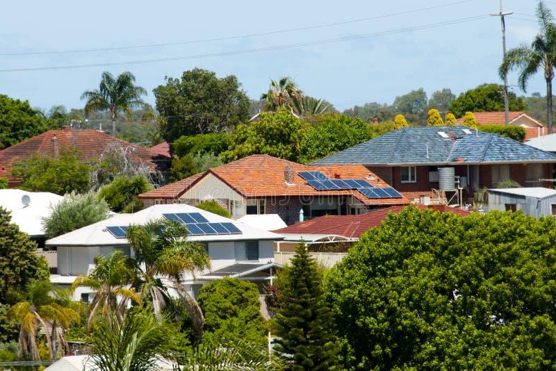 住宅太阳电池板 免版税图库摄影