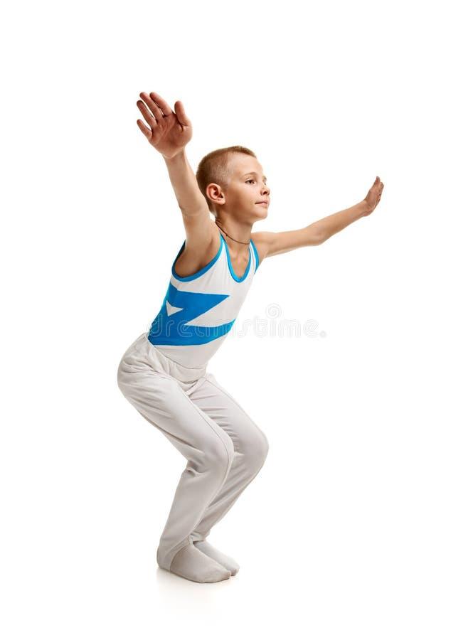 年轻体操运动员舒展 库存图片