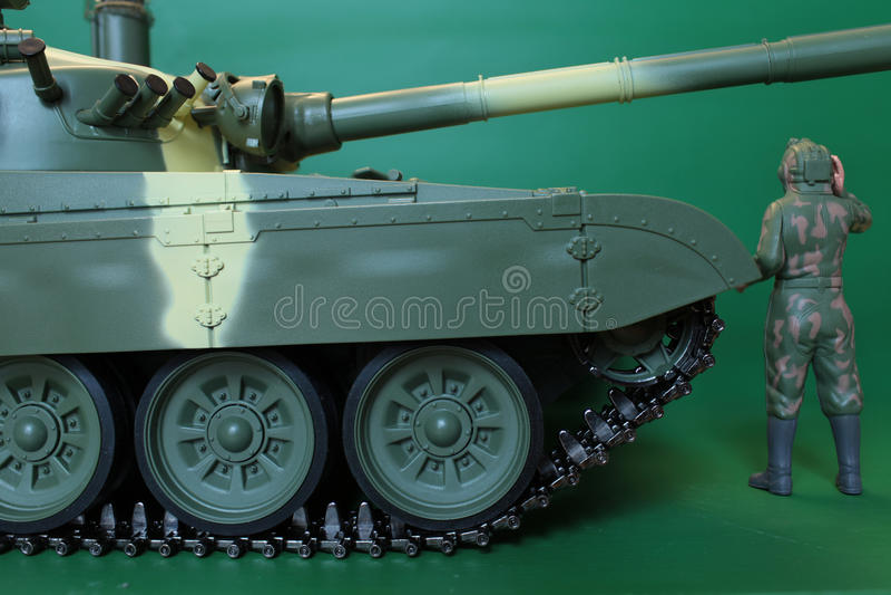 总体的站立在坦克的司令员和盔甲 库存照片