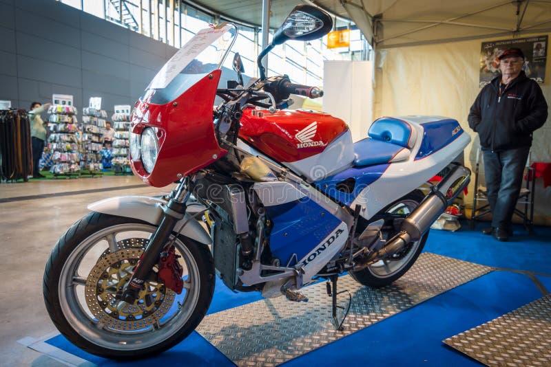 体育摩托车本田VFR400R, 1991年 免版税库存照片