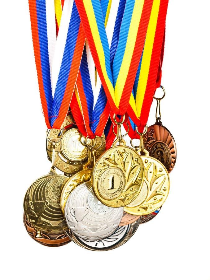 体育运动奖牌。 在空白背景查出的照片 库存照片