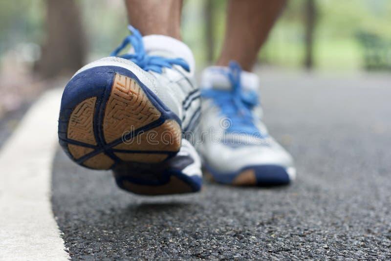 体育运动鞋子特写镜头 免版税库存图片