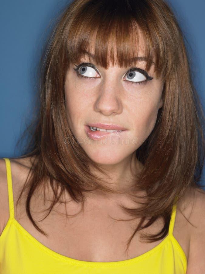 体贴的妇女尖酸的嘴唇 免版税图库摄影