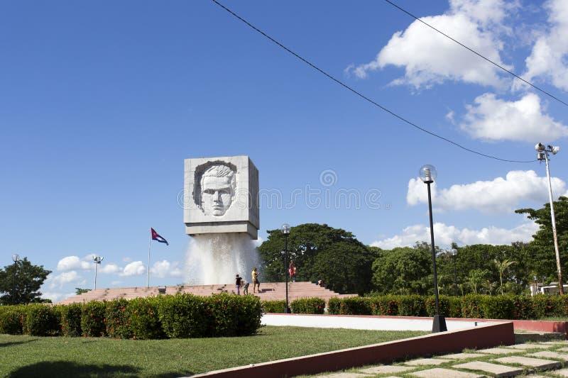 何塞马蒂在圣地亚哥的喷泉纪念碑,古巴 免版税库存照片