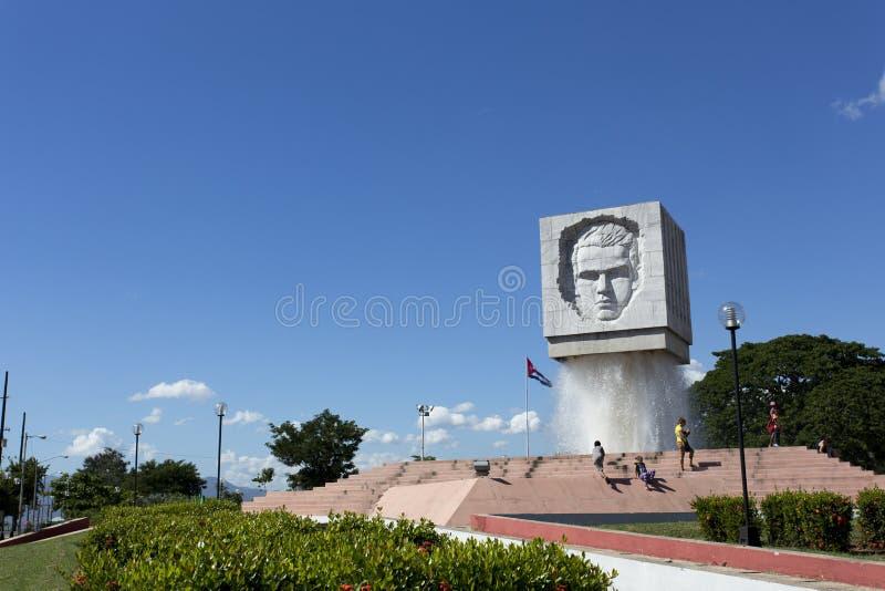 何塞马蒂在圣地亚哥的喷泉纪念碑,古巴 免版税图库摄影