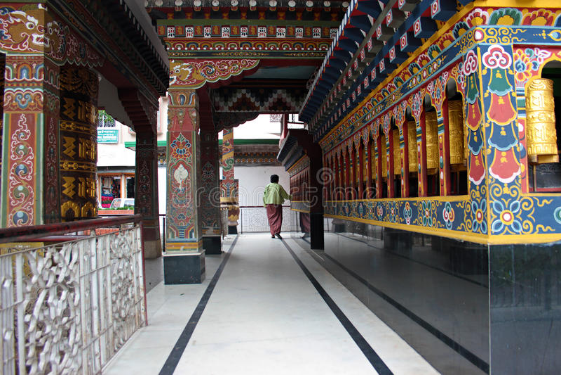 佛教寺庙的献身者 免版税库存照片