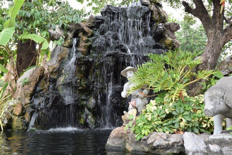佛教瀑布 库存图片