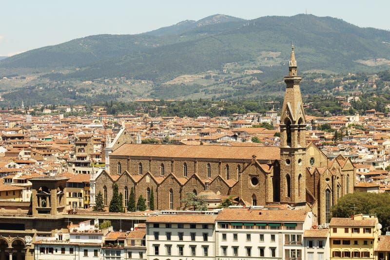 佛罗伦萨上面黄色屋顶和大教堂  免版税库存照片