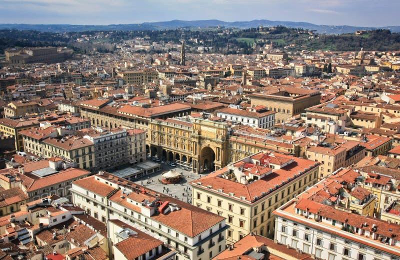 从佛罗伦萨中央寺院的看法 库存照片