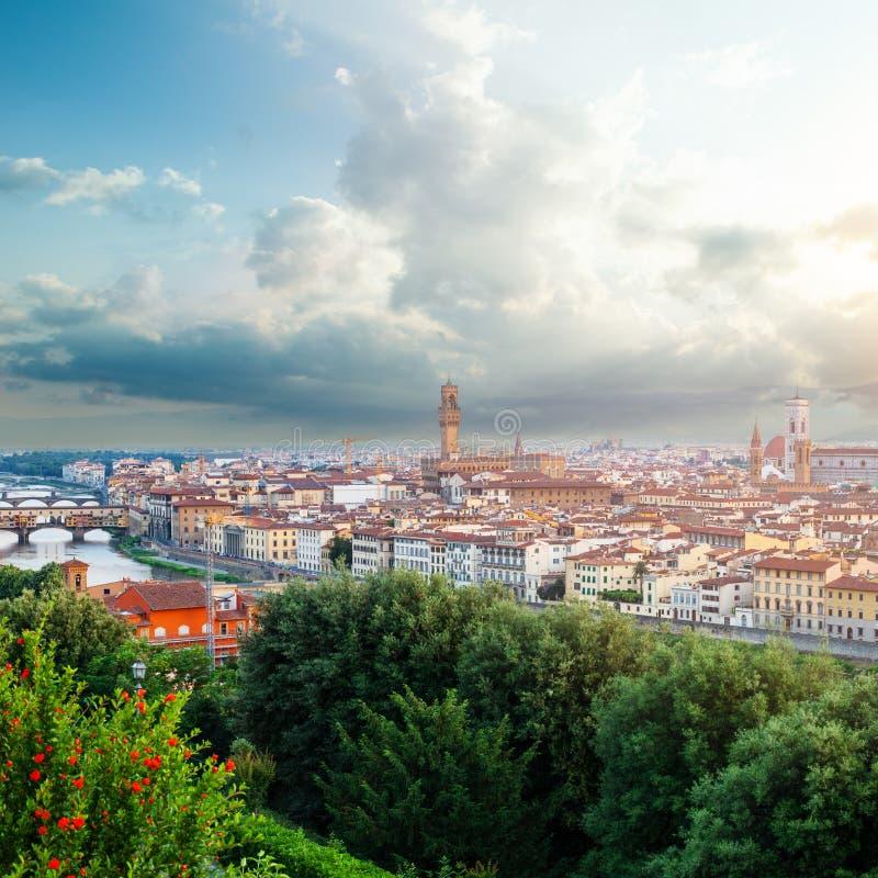 佛罗伦萨全景 佛罗伦萨桥梁蓬特Vecchio 佛罗伦萨意大利 库存照片