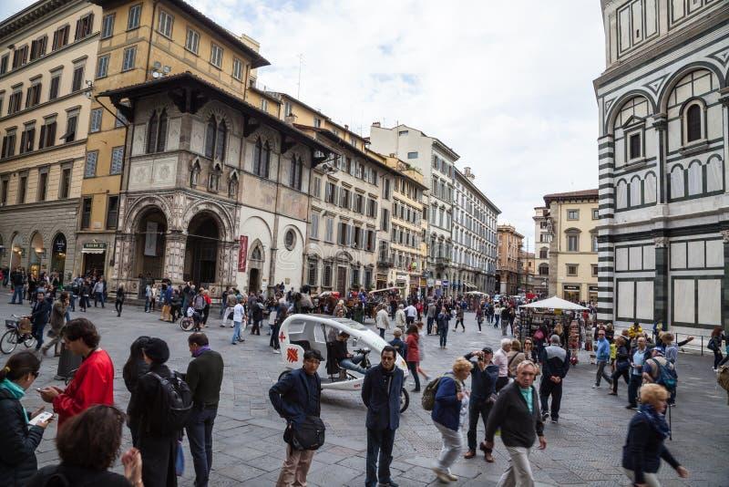 佛罗伦萨大教堂大教堂二圣玛丽亚del菲奥雷Piazza中央寺院 免版税库存照片