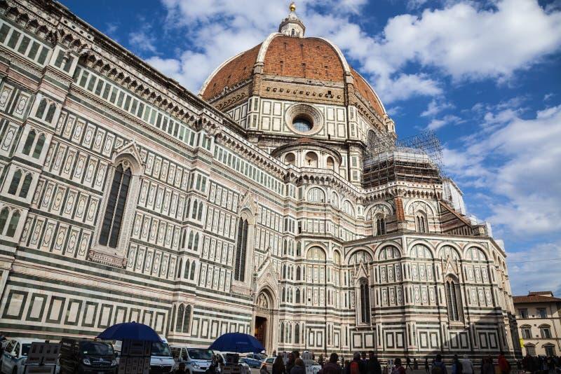 佛罗伦萨大教堂大教堂二圣玛丽亚del菲奥雷Piazza中央寺院 库存照片