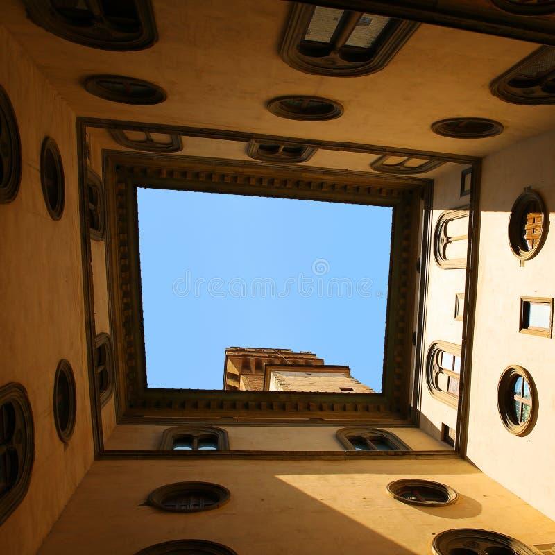 佛罗伦萨意大利palazzo vecchio 构筑天空的老城市大厦 免版税库存图片