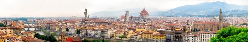 佛罗伦萨的历史的中心的全景在意大利包括几个著名地标 免版税库存照片
