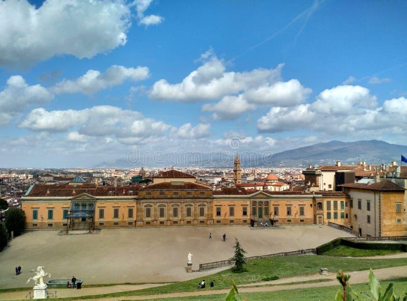 佛罗伦萨看法从波波里庭院的 库存图片