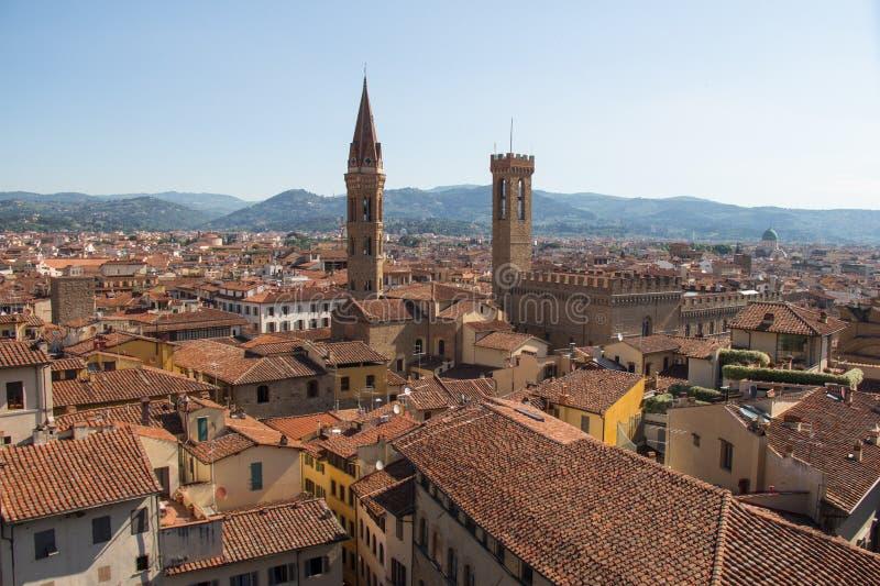 佛罗伦萨红色屋顶从Palazzo Vecchio在一个晴天,托斯卡纳,意大利的 库存图片