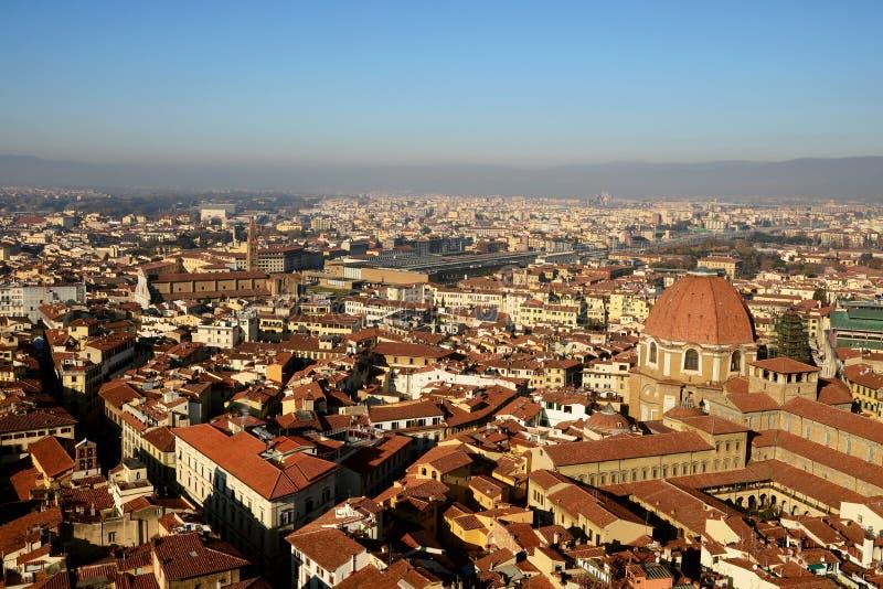 佛罗伦萨老镇都市风景从上面 免版税库存照片
