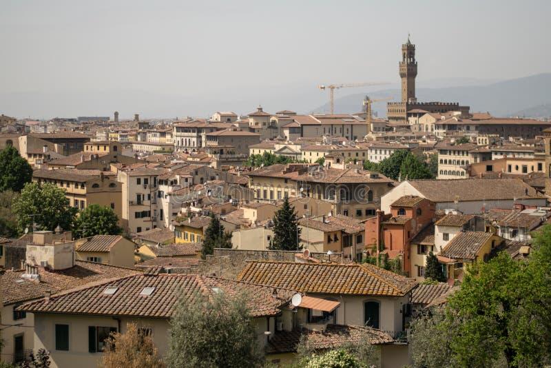 佛罗伦萨,意大利- 2018年4月24日, :在佛罗伦萨屋顶的看法  免版税库存照片
