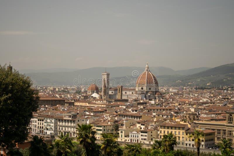 佛罗伦萨,意大利- 2018年4月24日, :在Cattedrale二圣玛丽亚del菲奥雷的看法 库存照片
