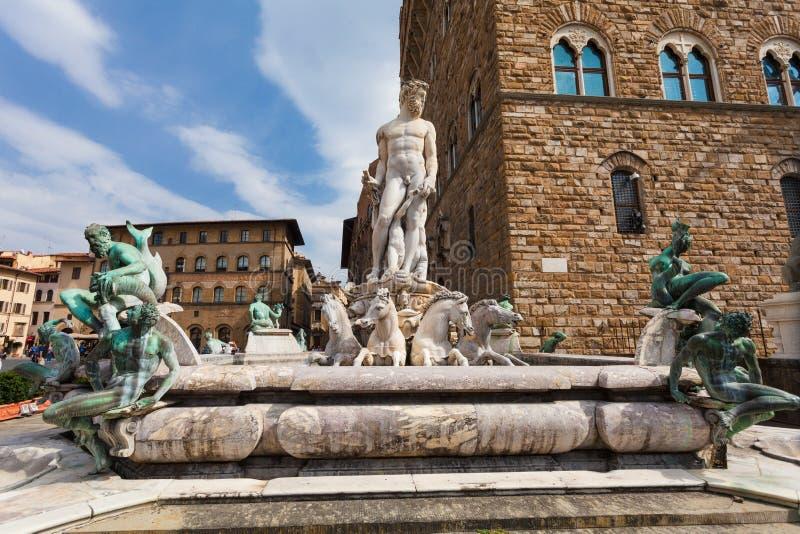 佛罗伦萨,意大利2016年9月10日:在海王星喷泉的看法广场della的Signoria Bartolomeo Ammannati, 免版税库存照片