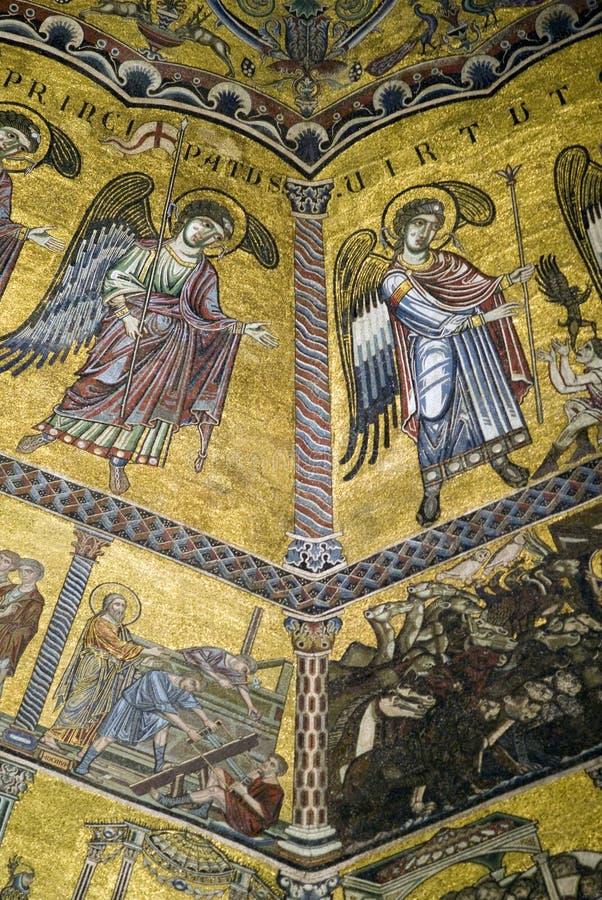 佛罗伦萨洗礼池的天花板马赛克 库存照片